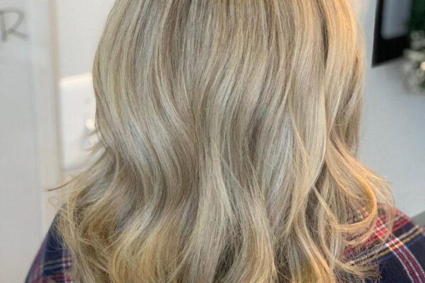 kellys_blonde2